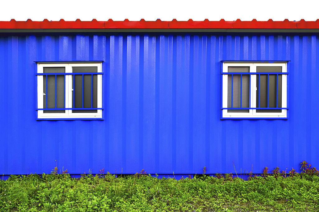 ontainers House,description of Isolated iStock_000073768993_Medium
